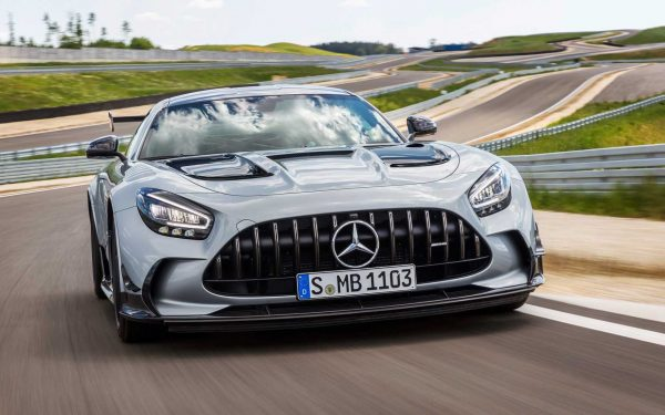 "Mercedes-AMG GT ""černé série"" omylem překonal rekord Lamborghini na Nürburgringu"